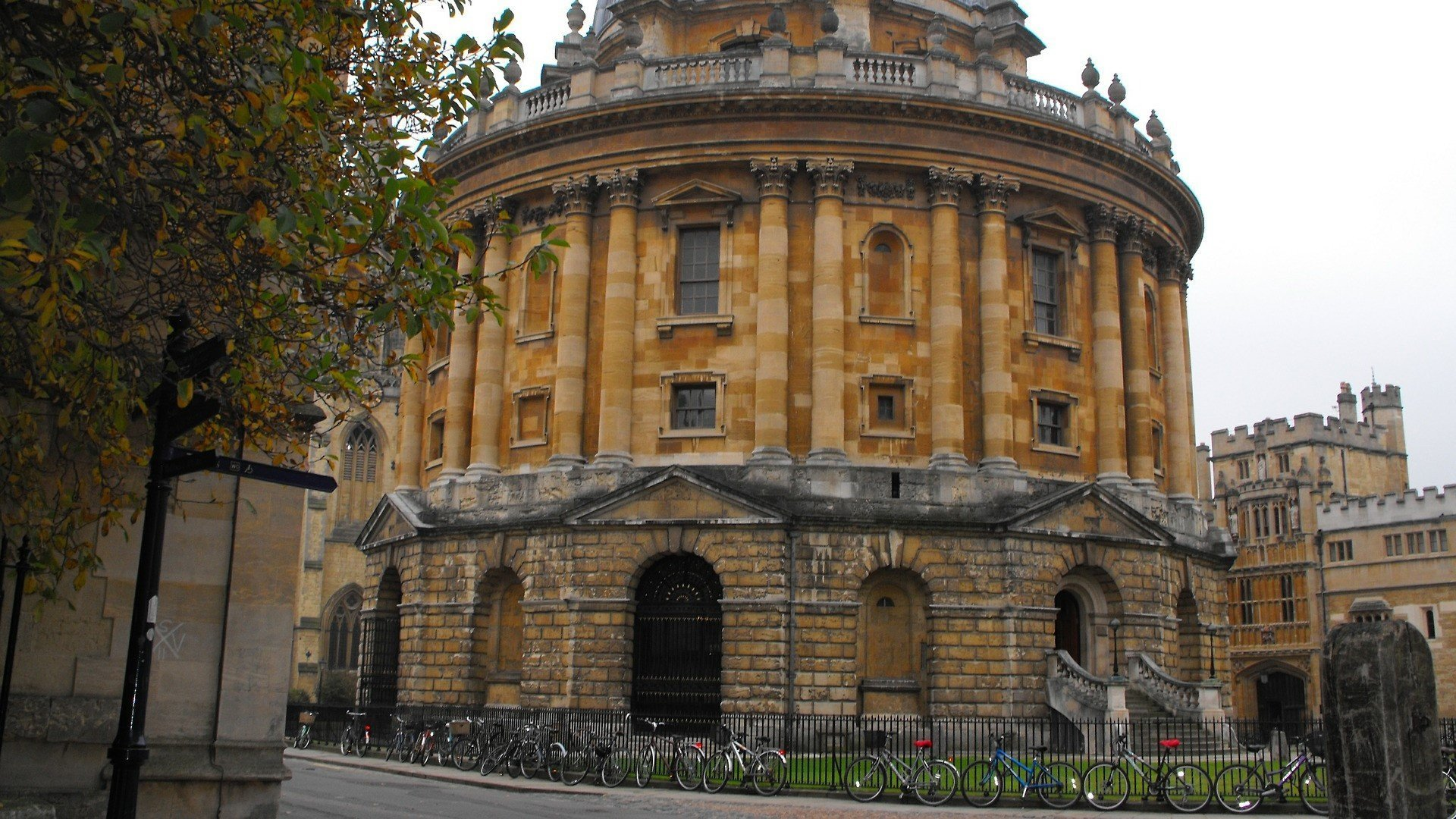 Oxford city centre businesses invited to have say on Zero Emission Zone