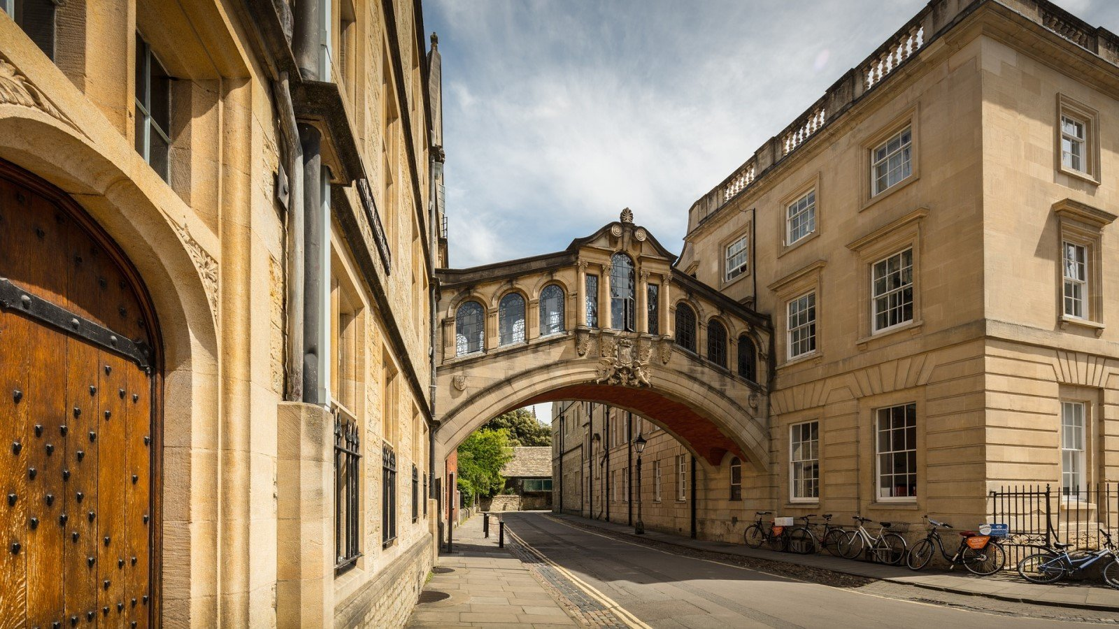 Oxford: City of Dreaming Spires