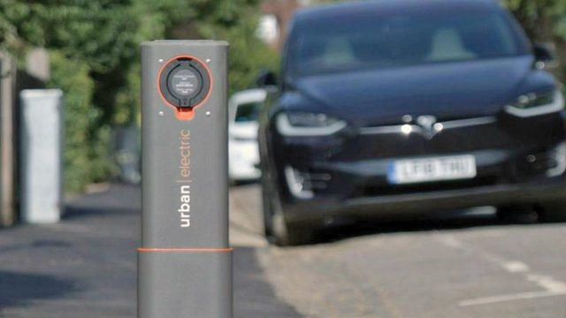 Oxford trials world's first residential 'pop-up' on-street electric vehicle charging points