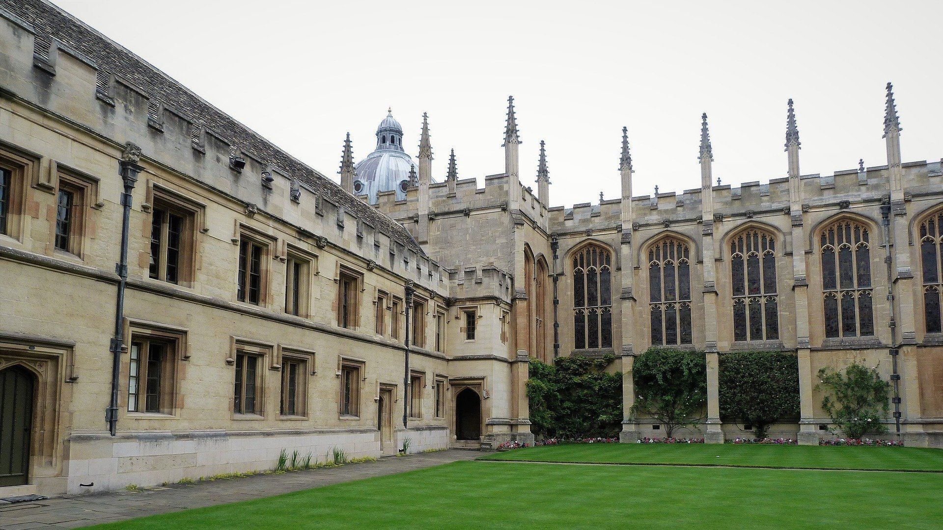Oxford University backs local charities in COVID-19 community response