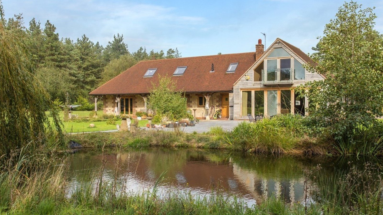Panshill Lodge and Panshill Leisure in Murcott, Near Bicester, Oxfordshire