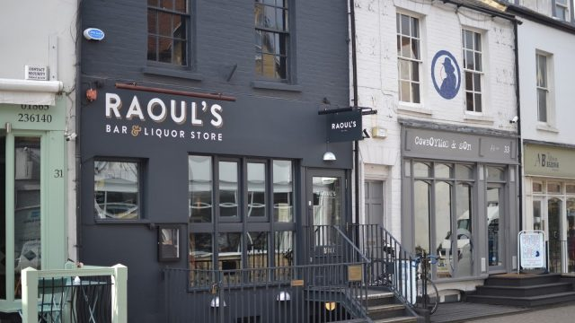 Raoul's Bar & Liquor Store, Oxford