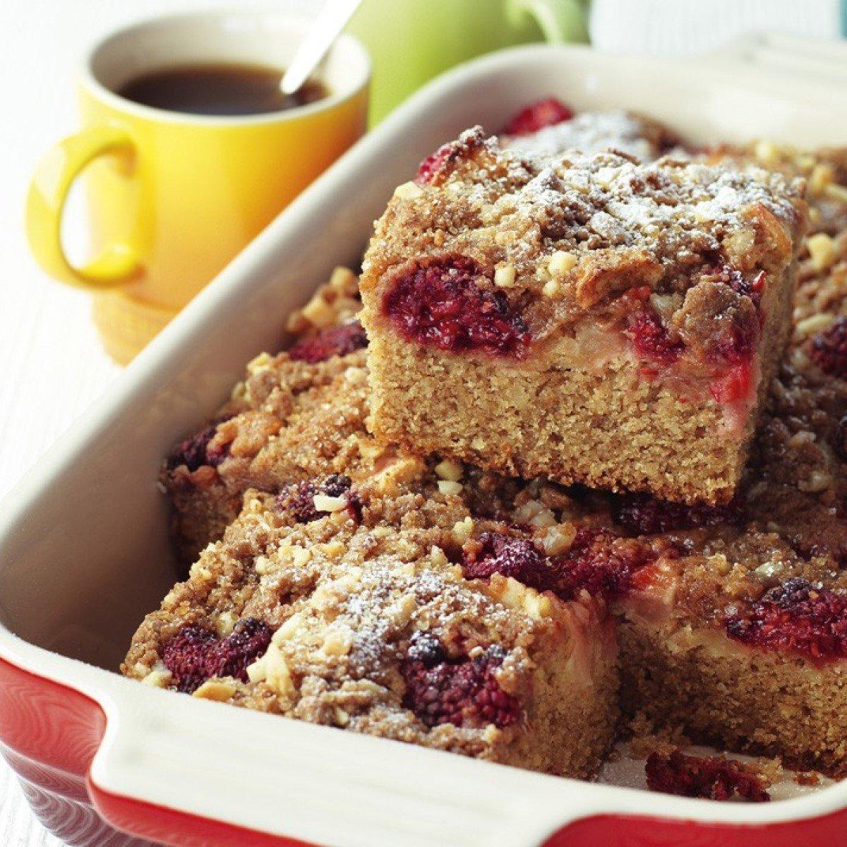 Raspberry and Apple Streusel Tray Bake Recipe