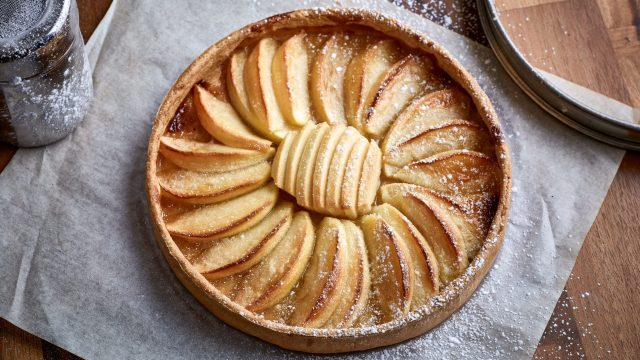 Raymond Blanc's Apple Tart 'Maman Blanc' Recipe