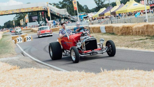 Bicester Heritage to host a new Retro style CarFest in 2021