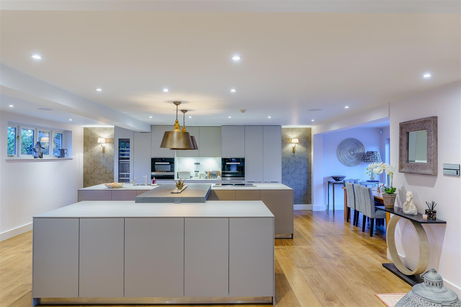 Rowstock Manor - Gallery Image 10 - Kitchen