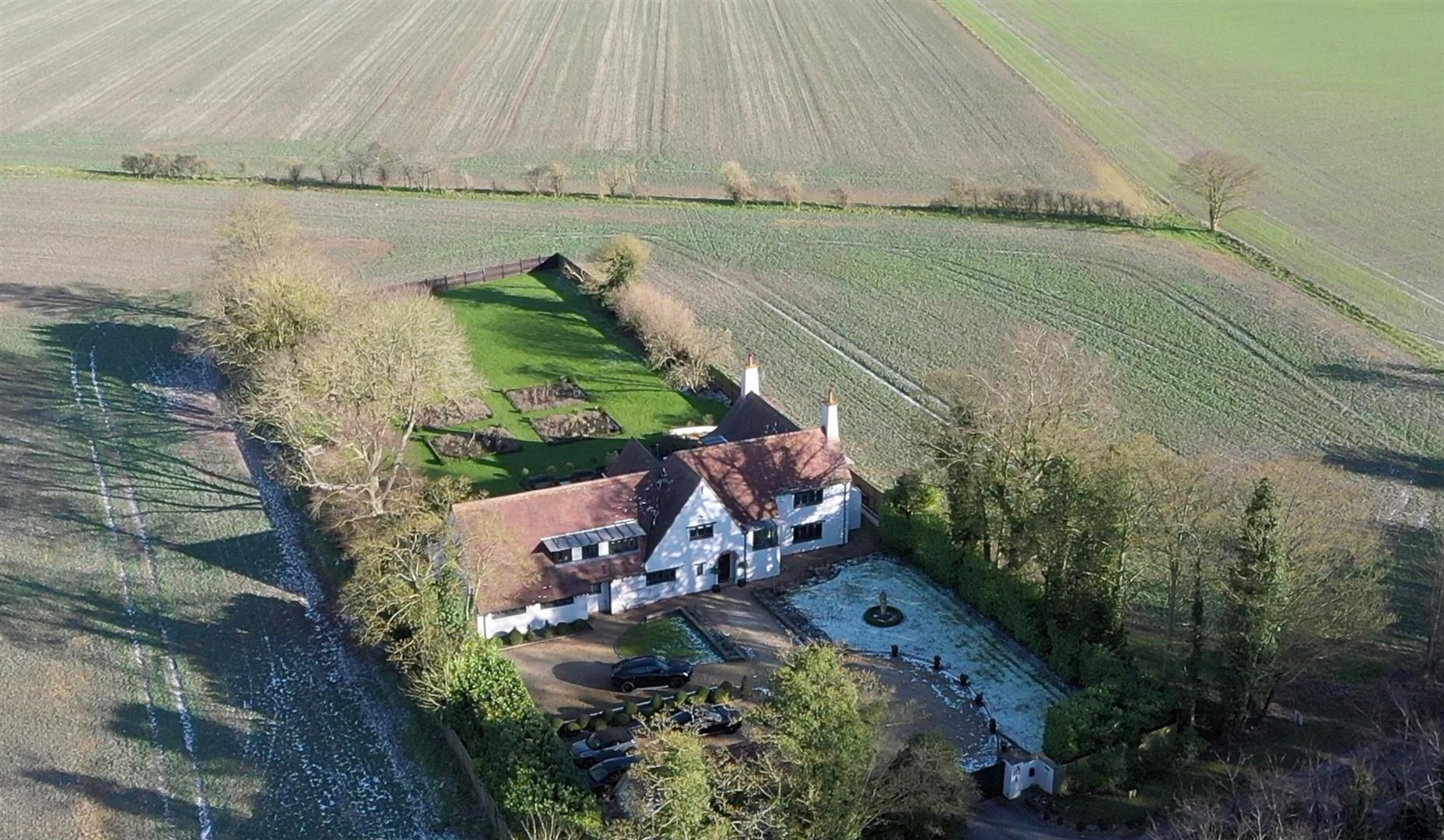 Rowstock Manor - Gallery Image 28 - Aerial View