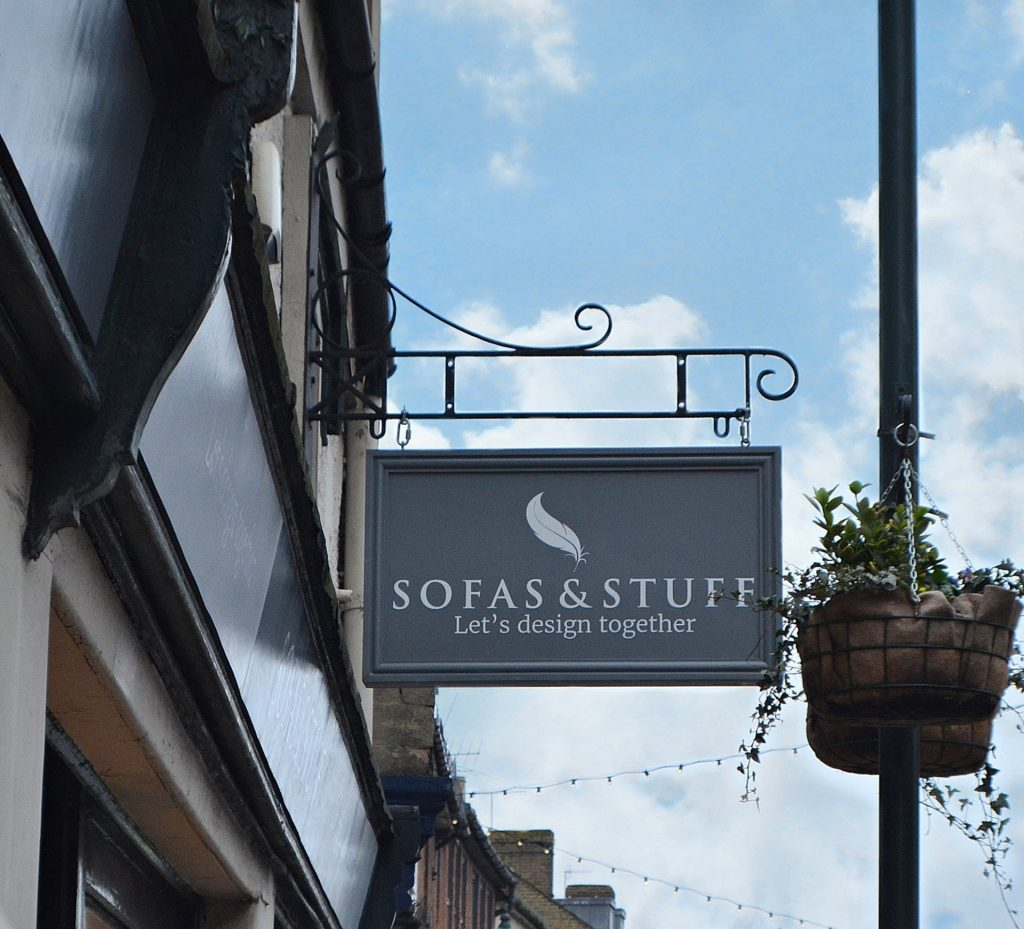 Sofas & Stuff, Henley-on-Thames Signage.