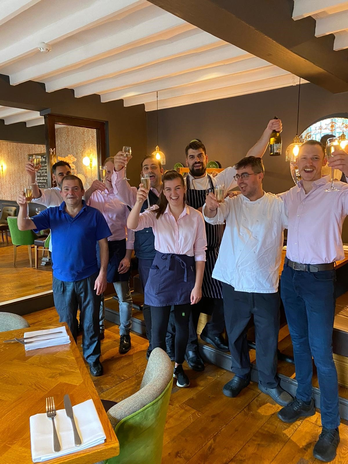 Staff at The Bear & Ragged Staff celebrate their success at the 'Best Companies to Work For' 2021 award.