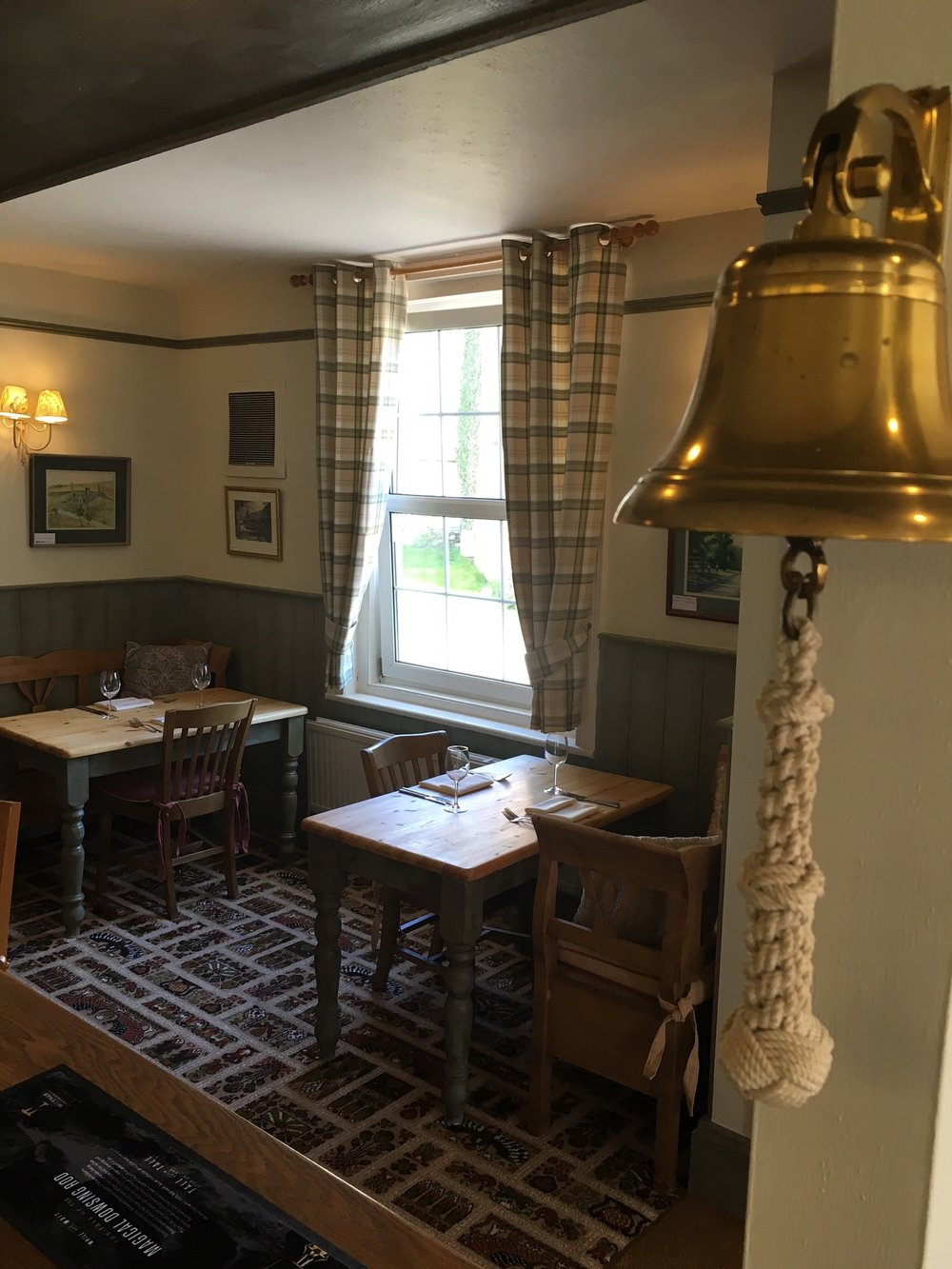 Eagle Tavern at Little Coxwell near Faringdon
