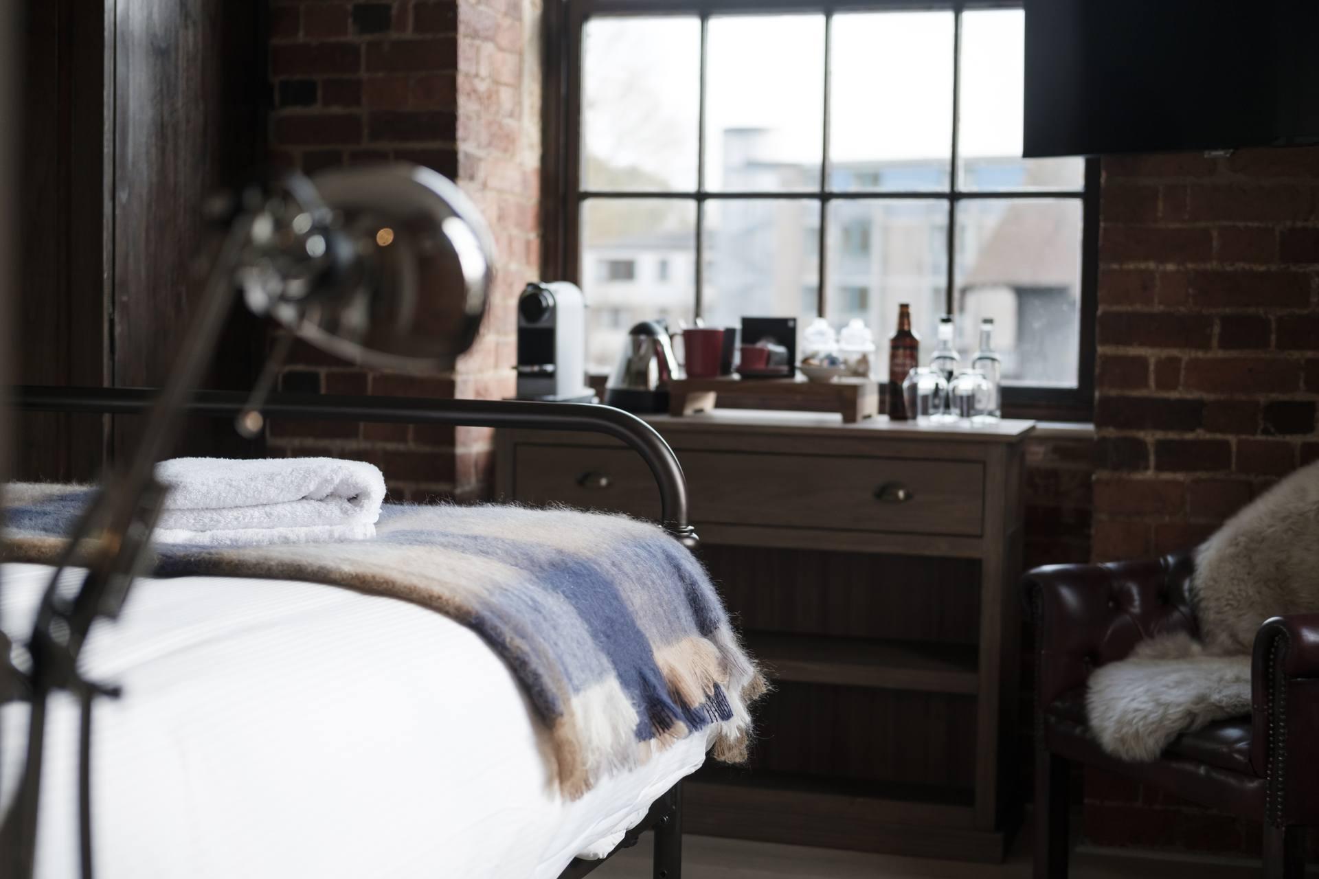 The Head of the River Restaurant, Pub & Bar Oxford - Comfy Bedroom