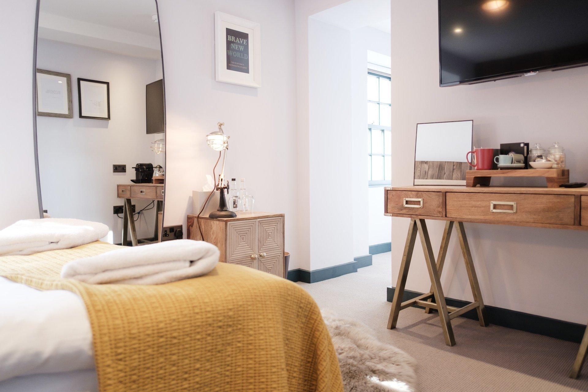 The Head of the River Restaurant, Pub & Bar Oxford - Cosy Bedroom