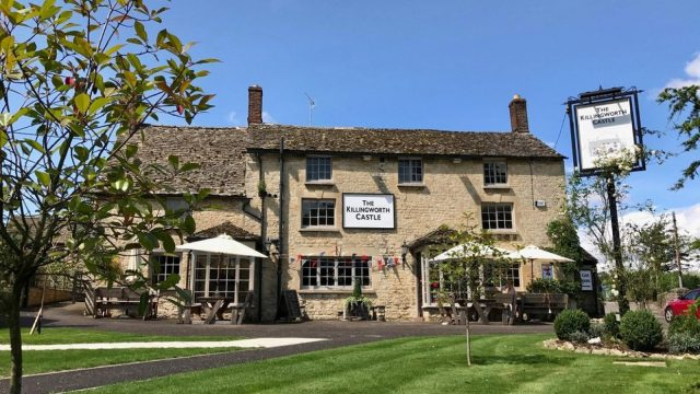 The Killingworth Castle Pub & Inn, Wooton, Oxfordshire - Exterior