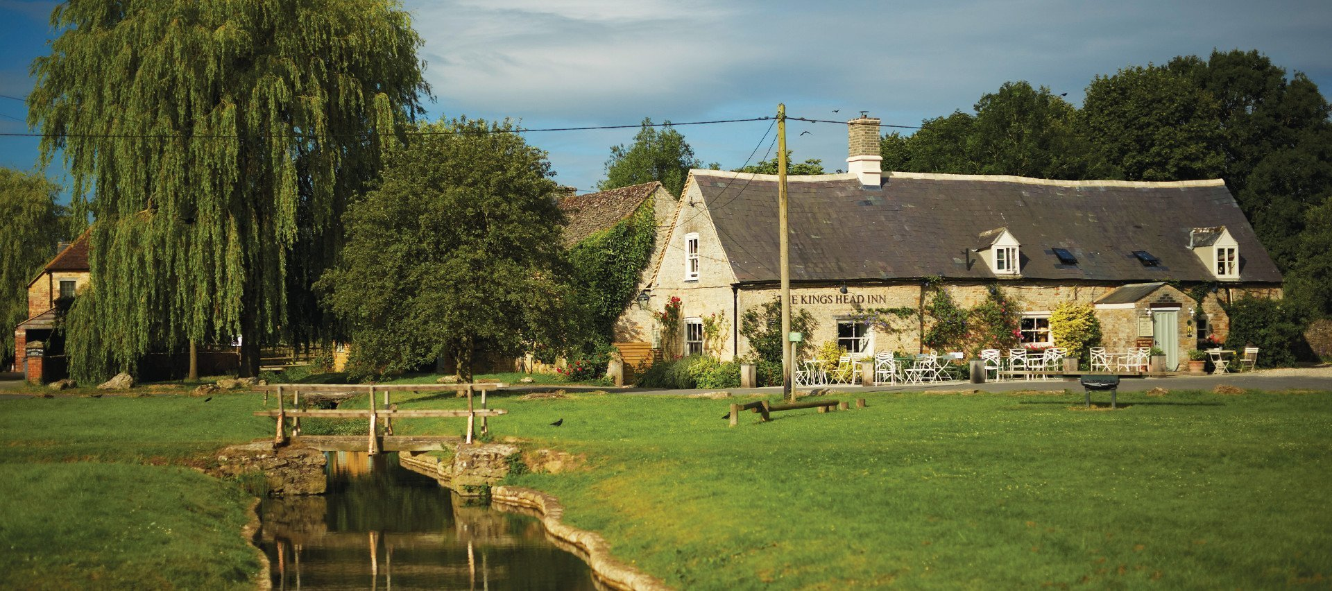 The King's Head Inn Bledington Oxfordshire - Restaurant & Pub with Rooms - Exterior
