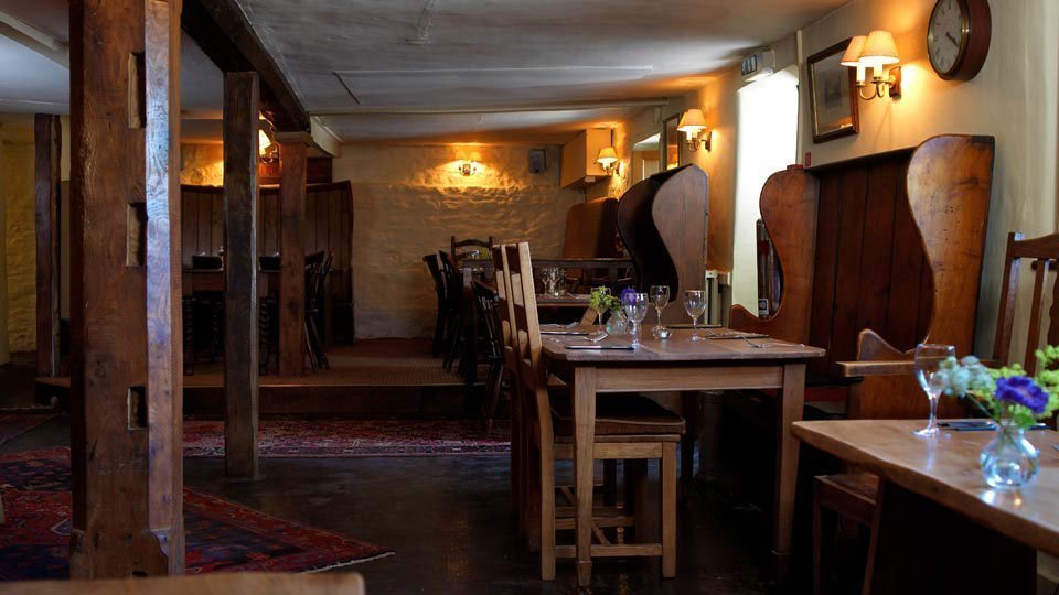 The King's Head Inn Bledington Oxfordshire - Restaurant & Pub with Rooms - Interior