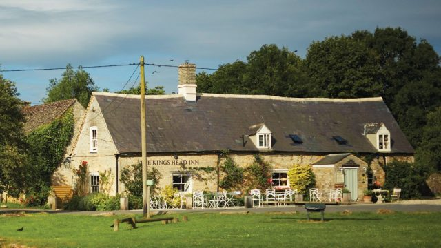 The King's Head Inn Bledington Oxfordshire - Restaurant & Pub with Rooms