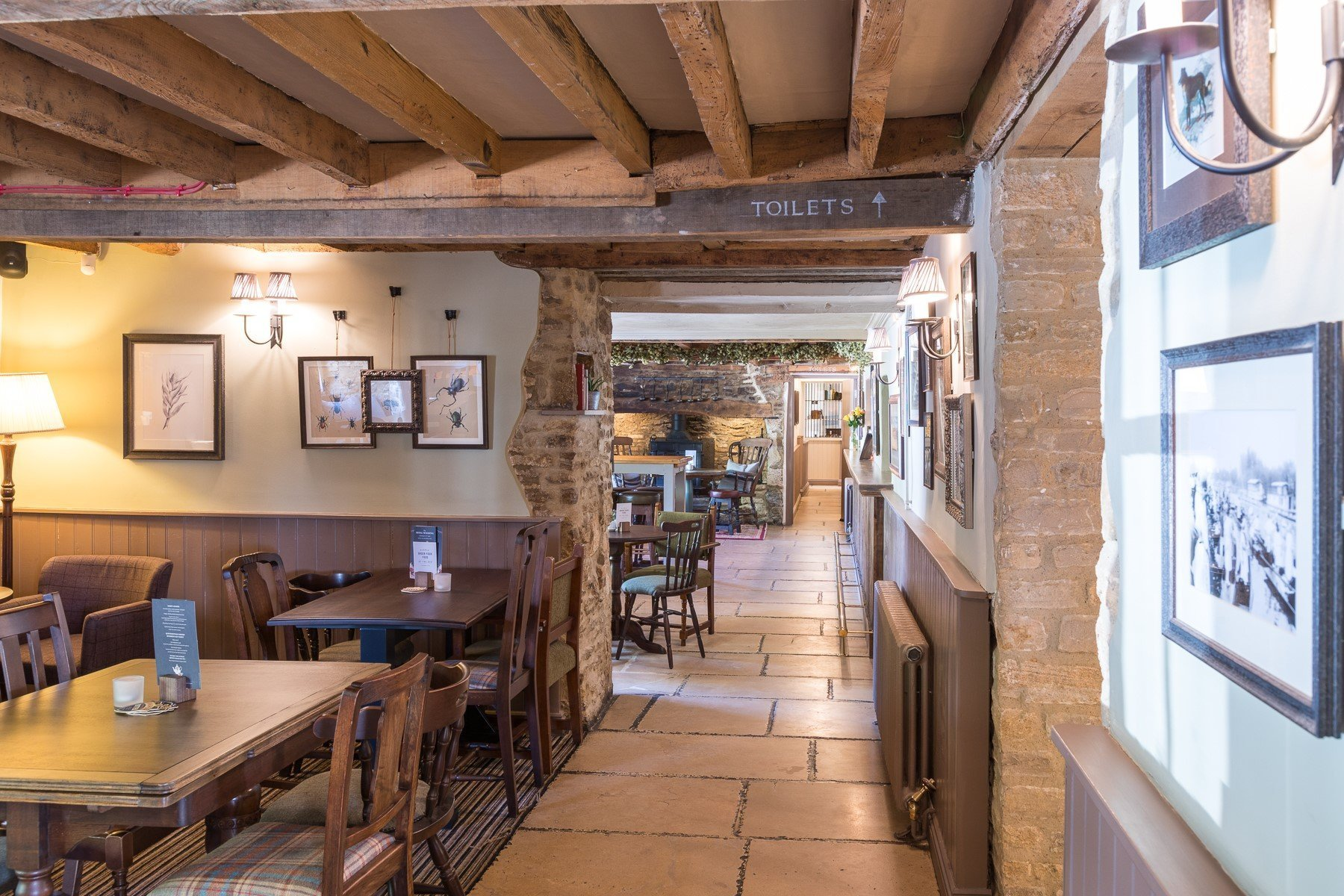The Lion at Wendlebury, Bicester, Oxfordshire Pub & Inn 11