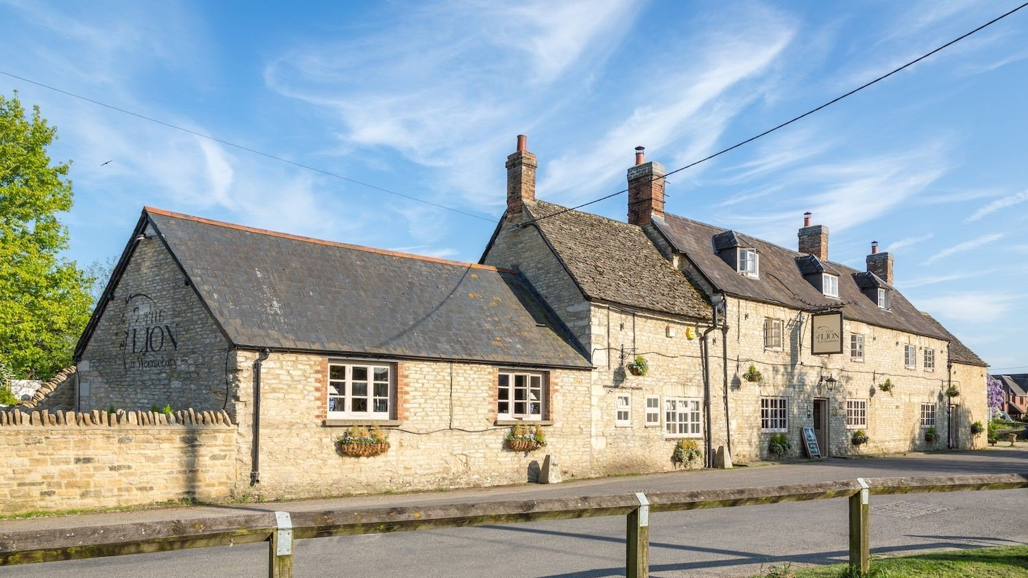 The Lion at Wendlebury, Bicester, Pub & Inn in Oxfordshire