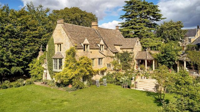 The Manor House: A Grade II listed country house in a town