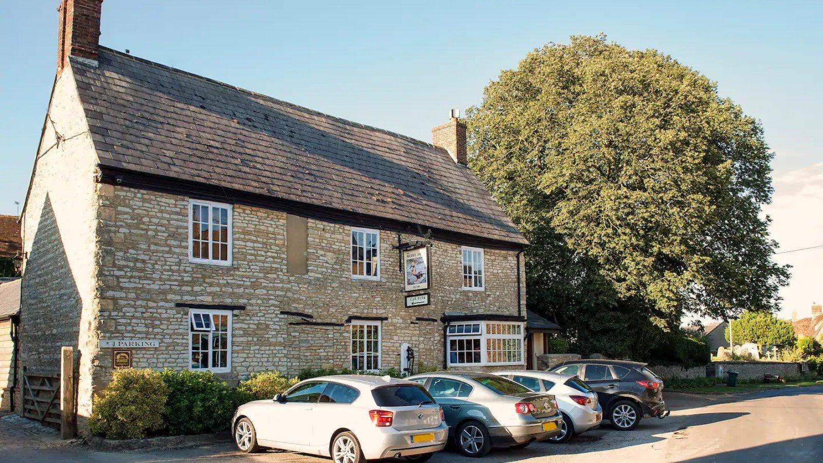 The Bottle & Glass Inn, Binfield Heath