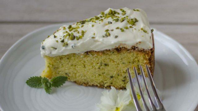 The Royal Lemon, Pistachio and Elderflower Cake Recipe