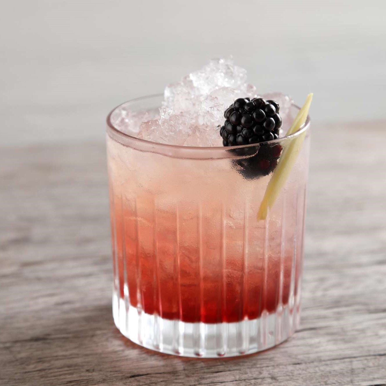 The Sky Wave Gin Bramble Recipe