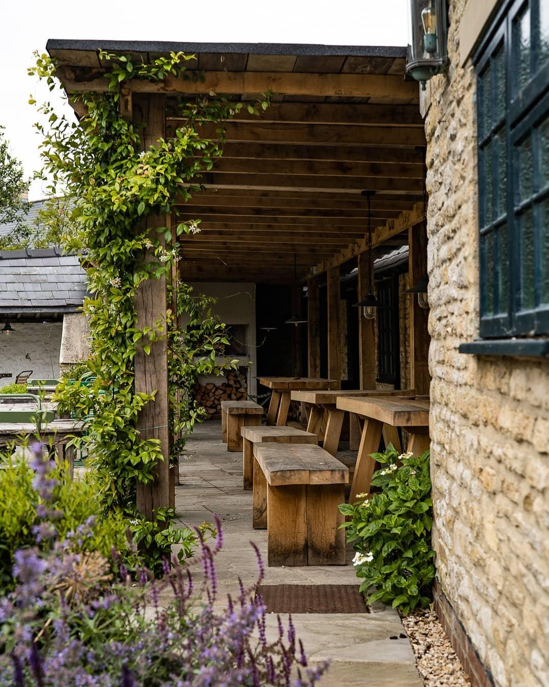 The Swan Inn, Ascott-under-Wychwood - Gallery Image 15