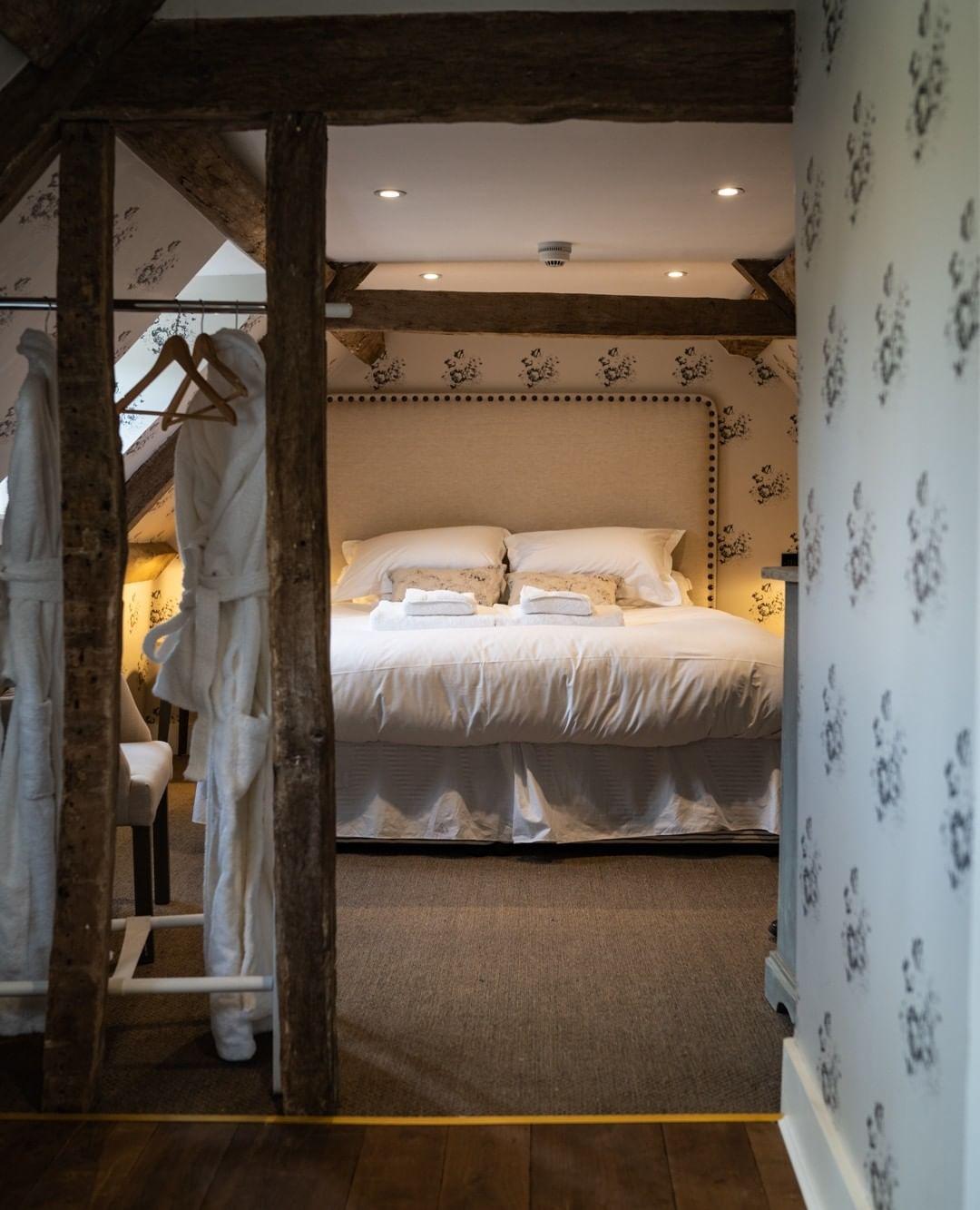 The Swan Inn, Ascott-under-Wychwood - Gallery Image 17