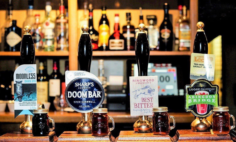 The White Hart Fyfield Fine Dining Pub Restaurant in Oxfordshire - Bar