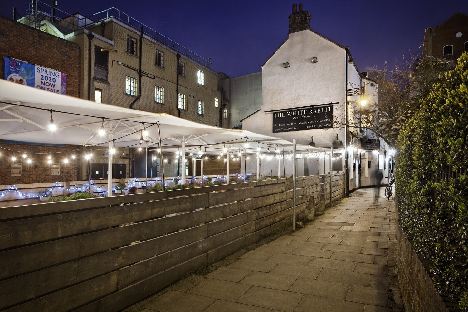 The White Rabbit - Pizza, Pub & Beer Garden in Oxford - Gallery Image 03