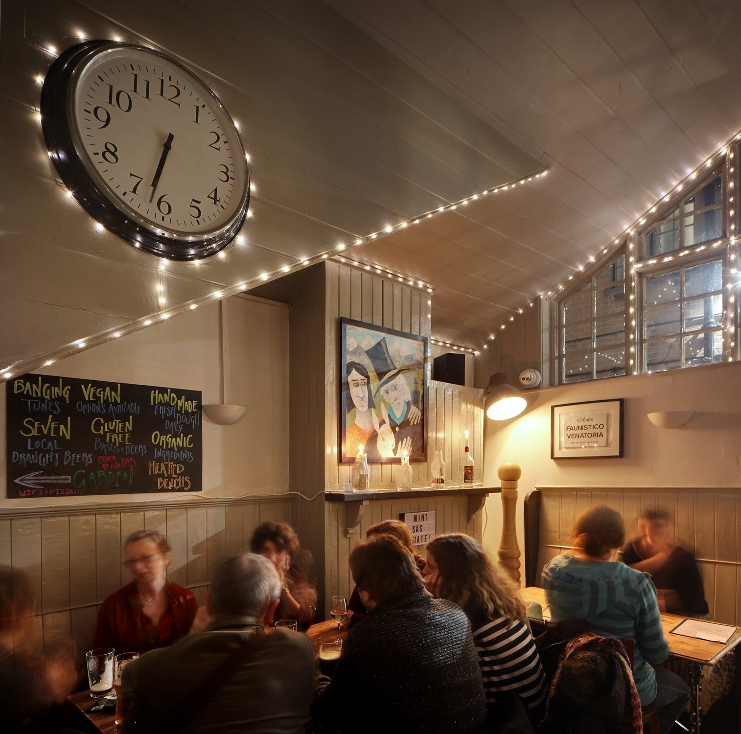 The White Rabbit - Pizza, Pub & Beer Garden in Oxford - Gallery Image 05