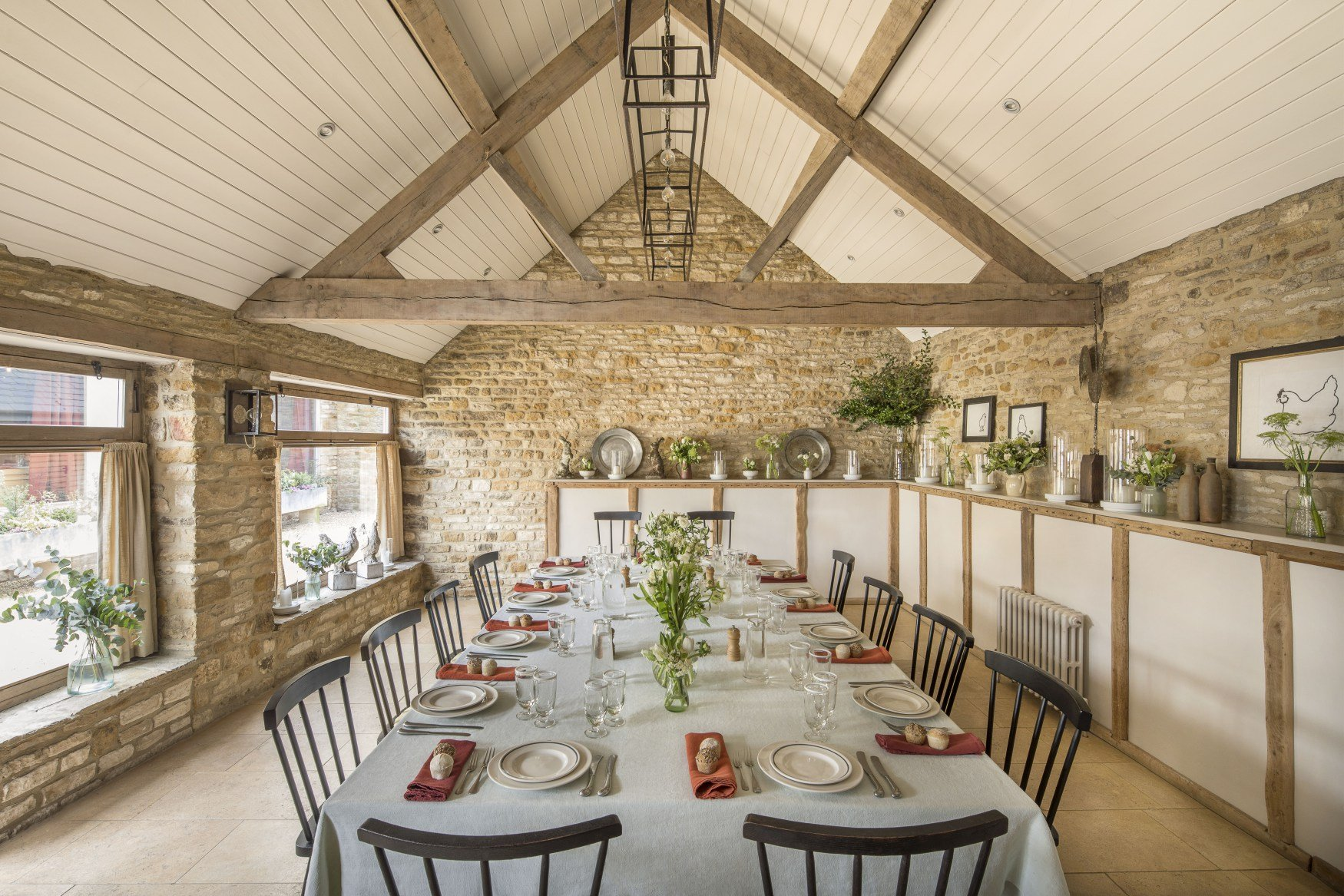 The Wild Rabbit, Kingham Pub with Rooms in Oxfordshire 06