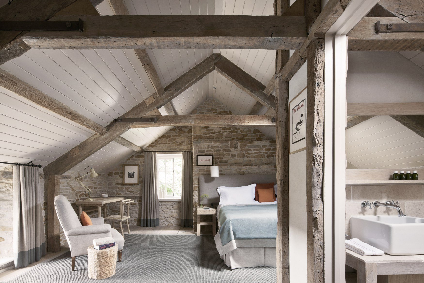 The Wild Rabbit, Kingham Pub with Rooms in Oxfordshire 12