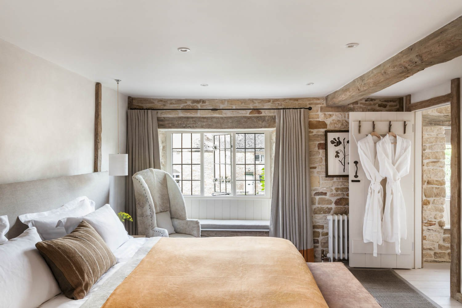 The Wild Rabbit, Kingham Pub with Rooms in Oxfordshire 17