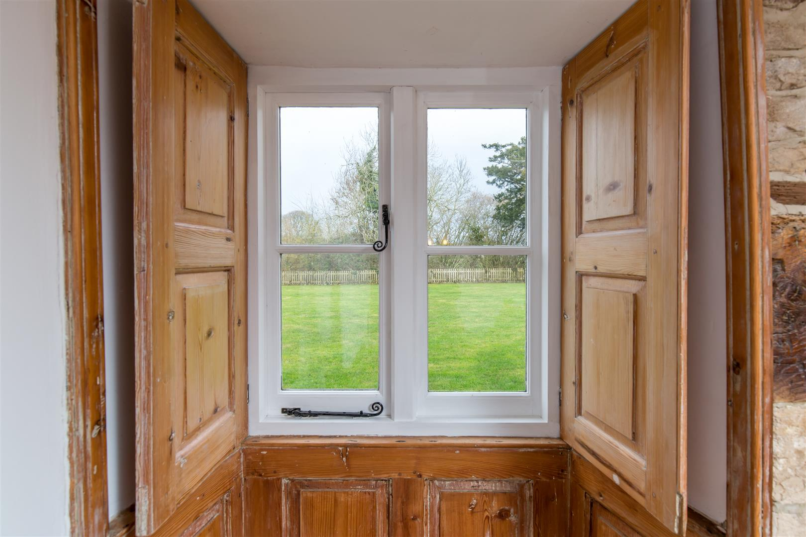Tubney Manor - Gallery Image 05
