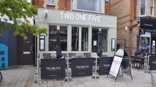 Two One Five Kitchen & Drinks, Oxford Summertown