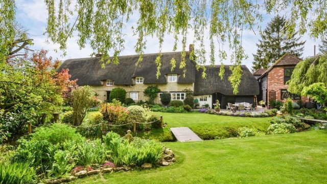 What does £1 million buy you in Oxford and across Oxfordshire?