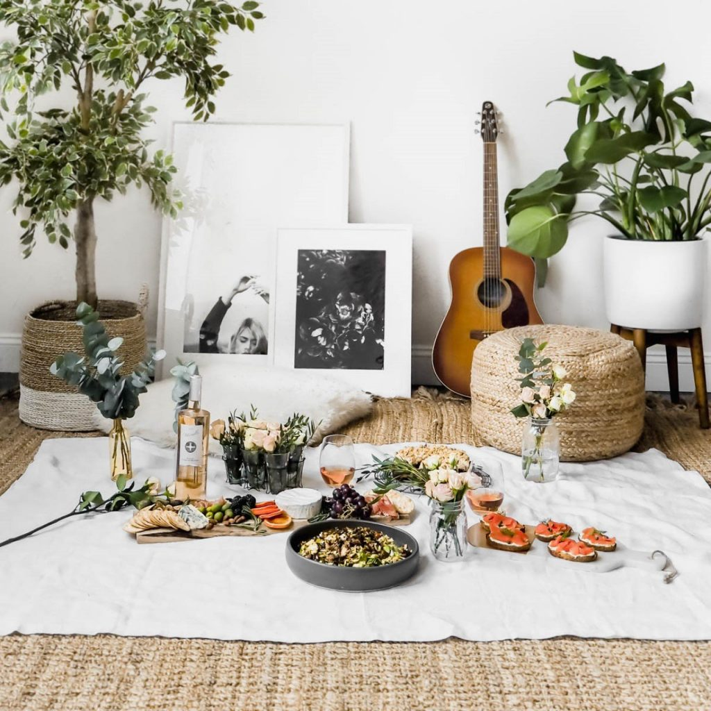 What to do Easter 2020 - Have an indoor picnic