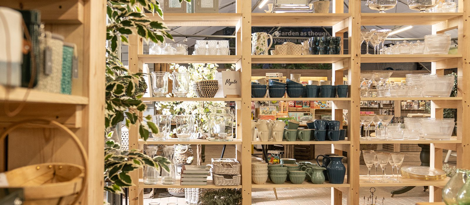 Yarnton Home & Garden, Kidlington, Oxford - Home Furnishings for Sale